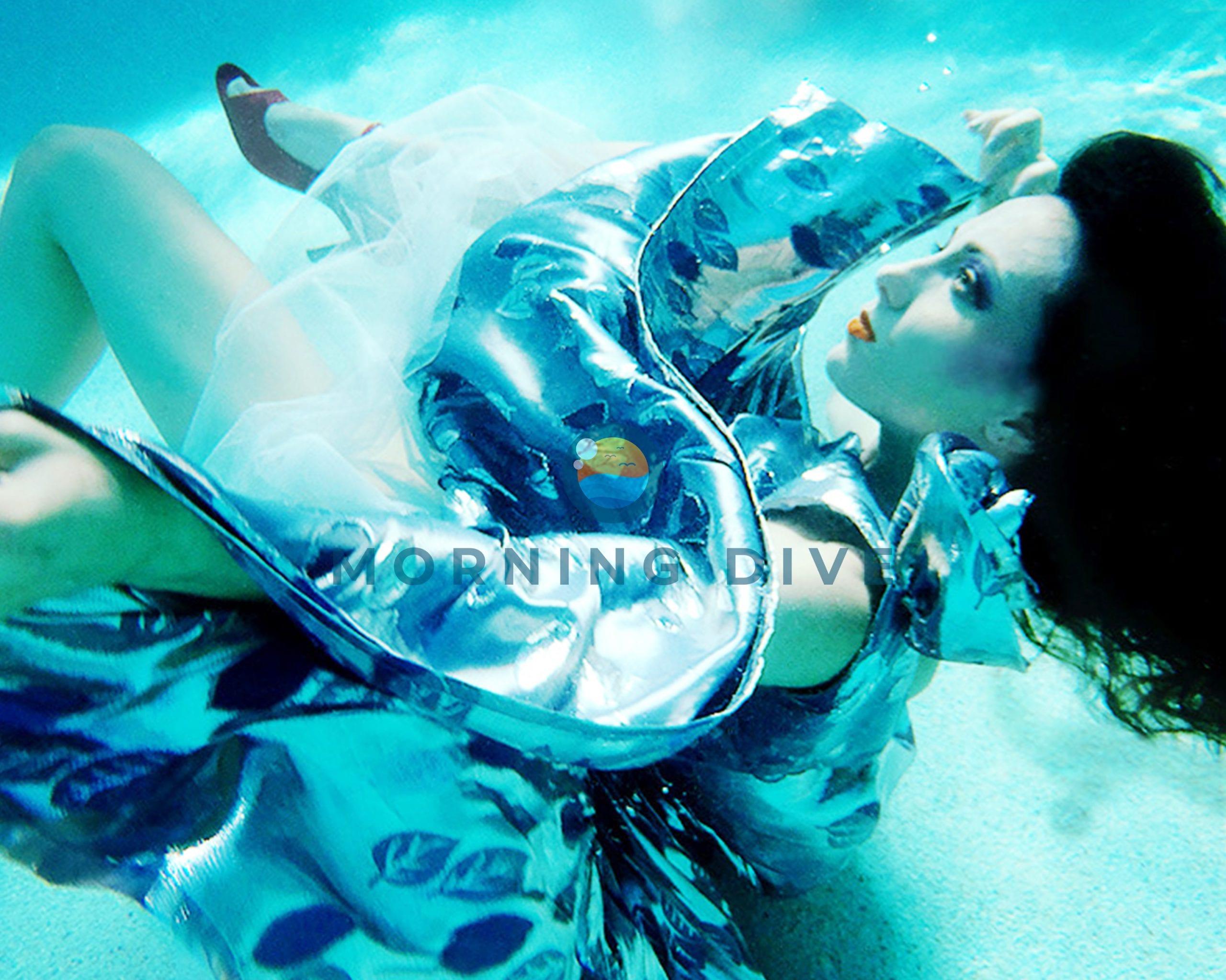 underwater photography fashion